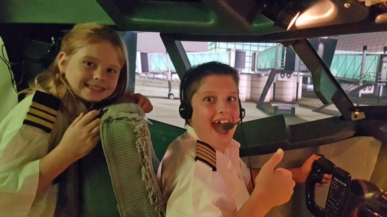 30 min Boeing simulator experience