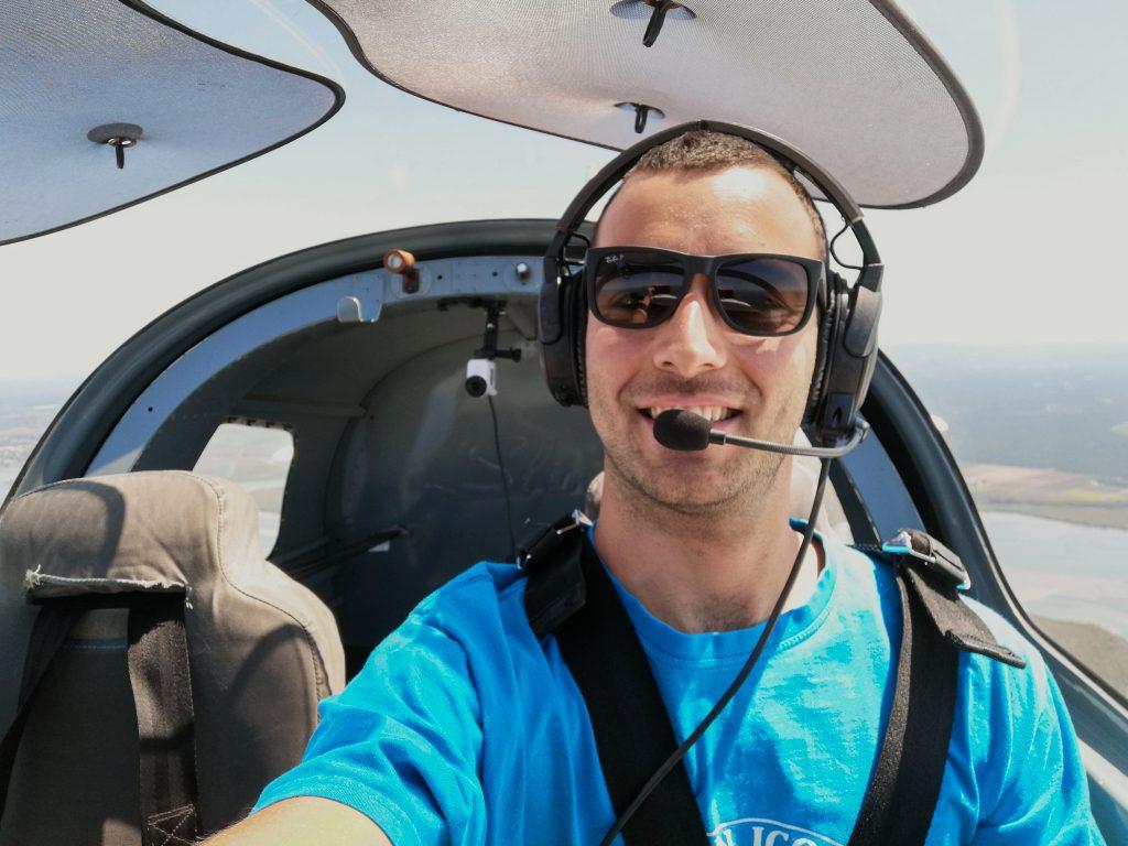swedish student flying